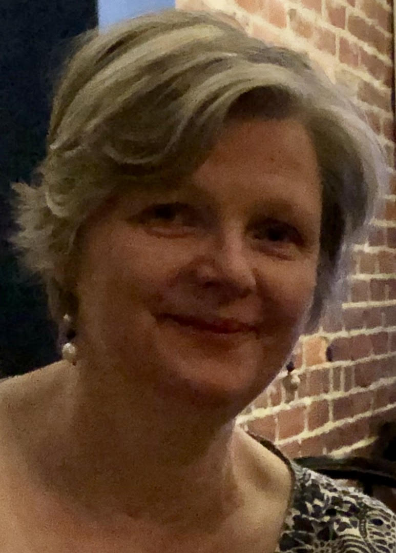 picture of ros creswell, mediator