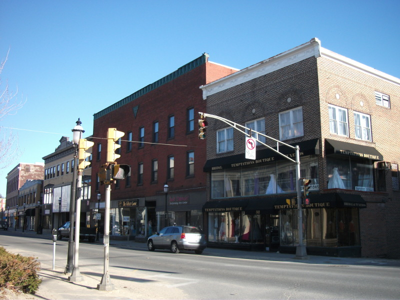 image of mixed use property in gardner, ma